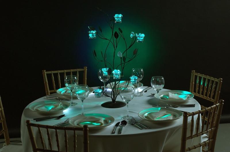Décoration de table à base de produit lumineux